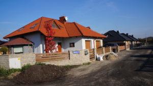 Leszno ul. Jesienna - domy wolnostojące i w zabudowie bliźniaczej